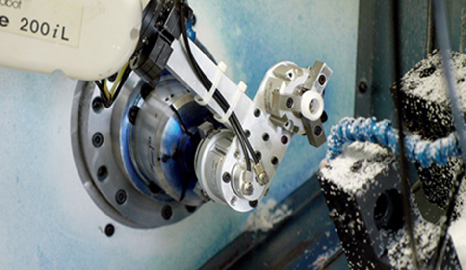proimages/facilities/Tooling/03_CNC_machine.jpg